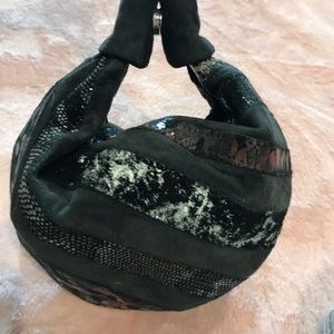 Gorgeous small leather hobo bag 🇺🇸